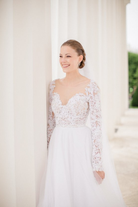 An Elegant Royal Vienna Destination Wedding | A Very Beloved Wedding | Sandra Aberg 18