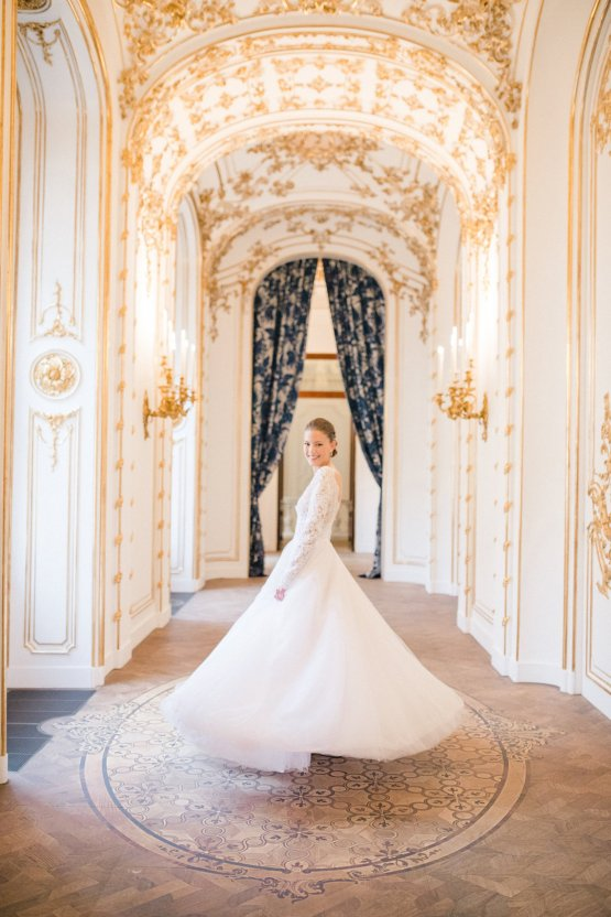 An Elegant Royal Vienna Destination Wedding | A Very Beloved Wedding | Sandra Aberg 27
