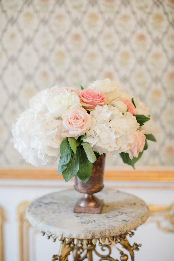An Elegant Royal Vienna Destination Wedding | A Very Beloved Wedding | Sandra Aberg 34