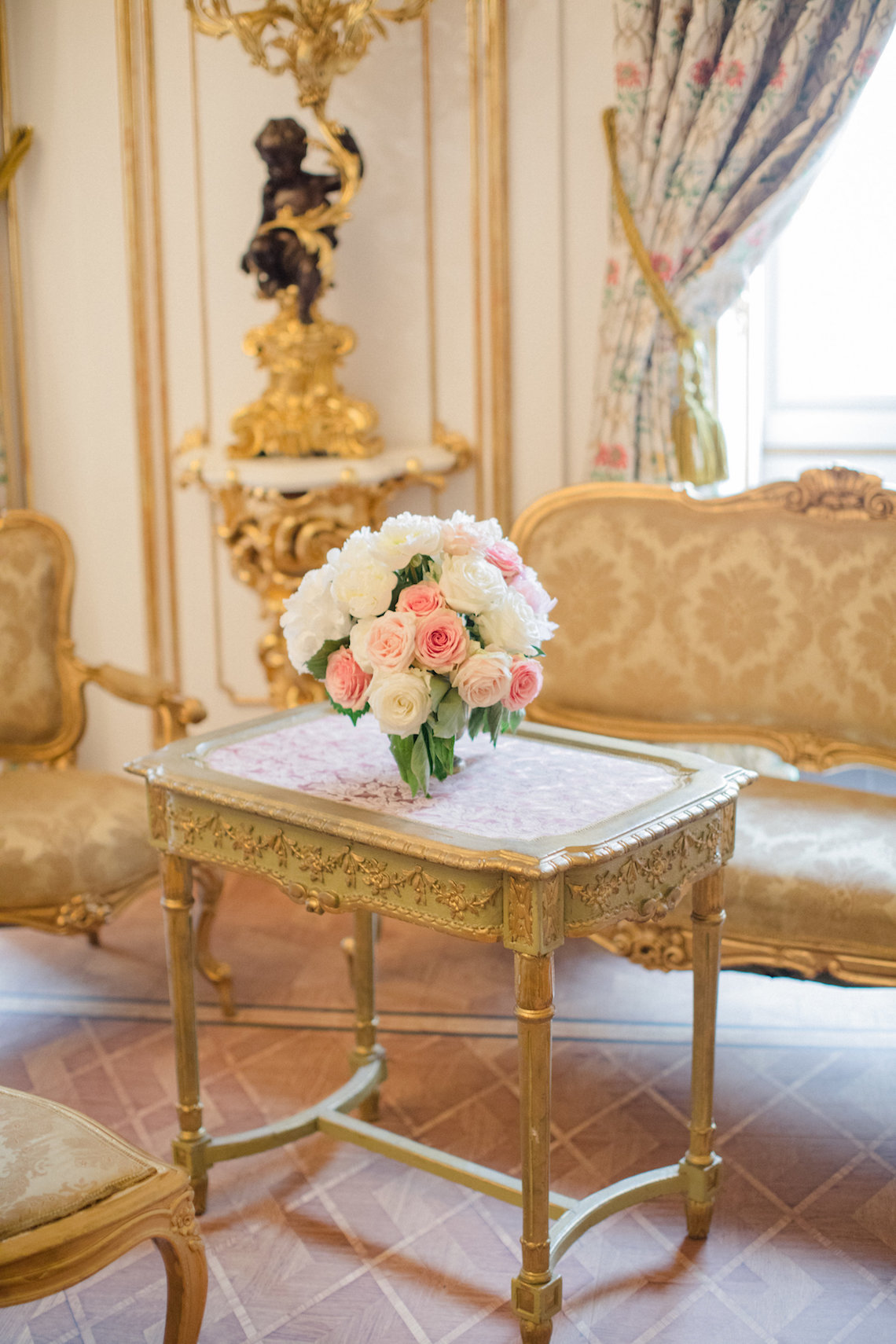 An Elegant Royal Vienna Destination Wedding | A Very Beloved Wedding | Sandra Aberg 35