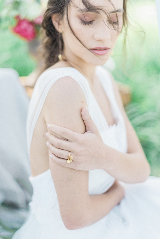 Beltane Goddess Bridal Inspiration With Lilacs And Horses – Gabriela Jarkovska 17