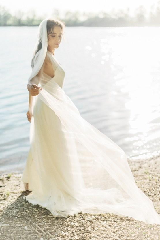 Beltane Goddess Bridal Inspiration With Lilacs And Horses – Gabriela Jarkovska 36