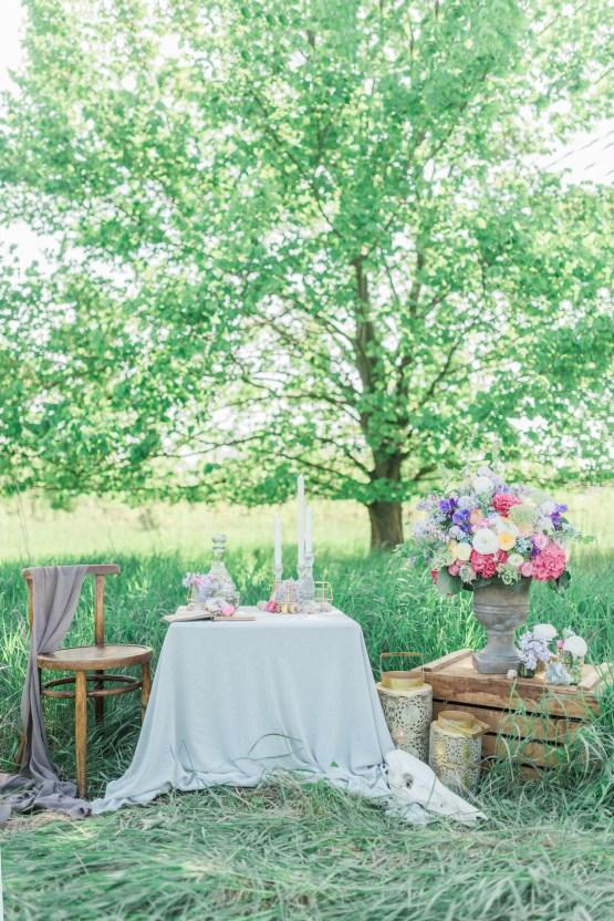 Beltane Goddess Bridal Inspiration With Lilacs And Horses – Gabriela Jarkovska 6
