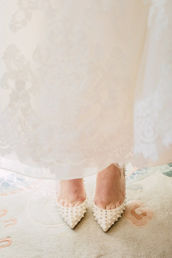 Intimate & Idyllic Wales Country House Wedding | Heledd Roberts Photography 15