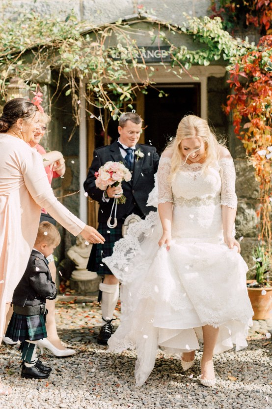 Intimate & Idyllic Wales Country House Wedding | Heledd Roberts Photography 21