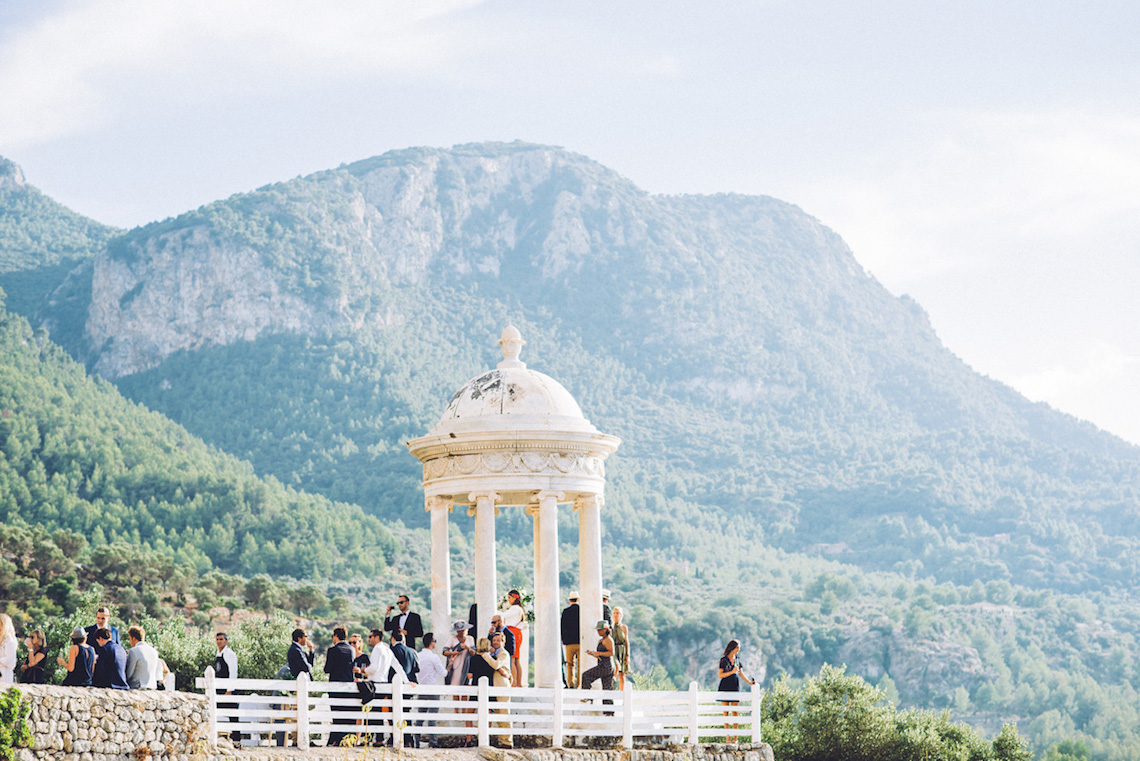 Magical and Stylish Ancient Mallorca Wedding – Pere y Marga Fotografia 38