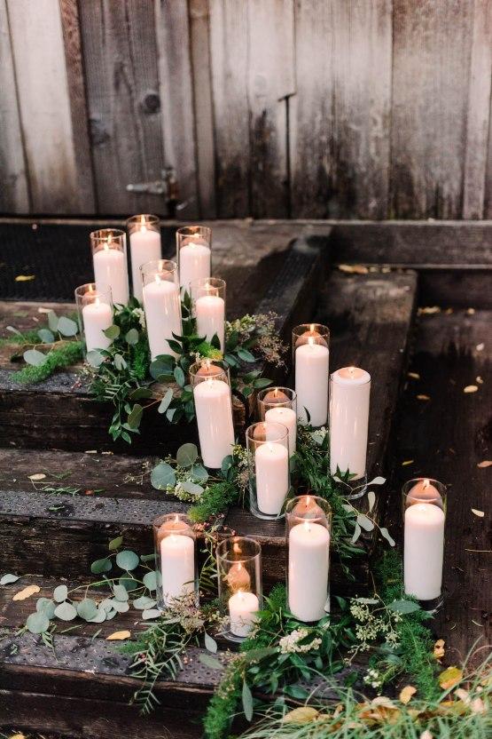 Rustic Barn Wedding Filled With Greenery | Deyla Huss Photography 30