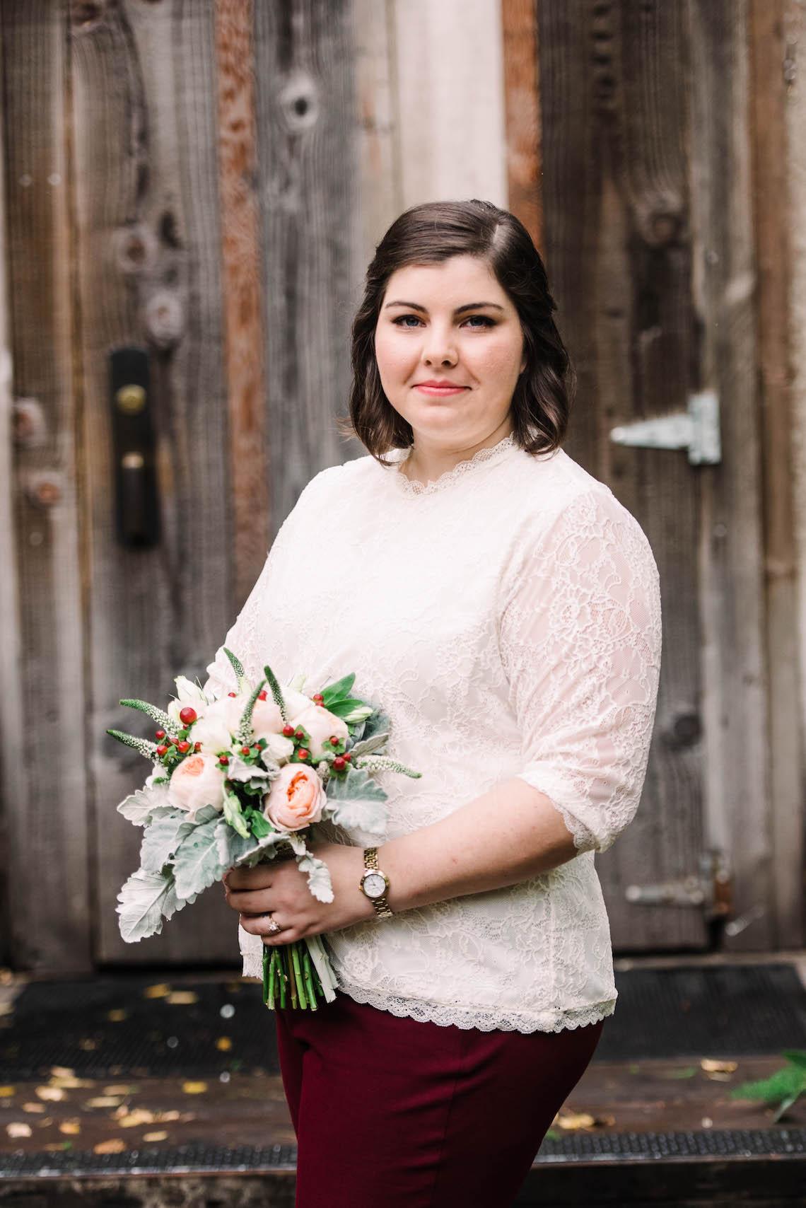 Rustic Barn Wedding Filled With Greenery | Deyla Huss Photography 40