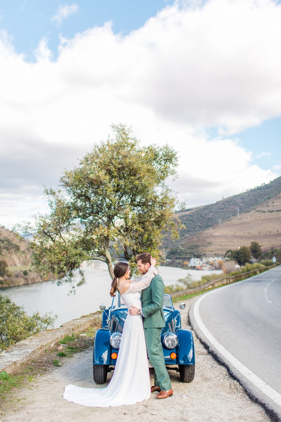 Tangerine and Turquoise Portugal Wedding Inspiration – Edgar Dias Photography 7