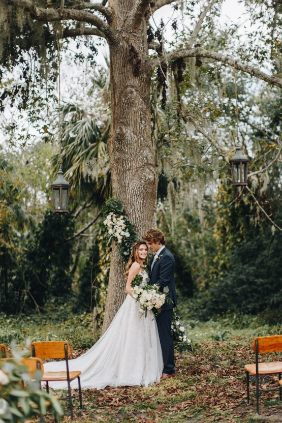 Vintage Fall Farmhouse Wedding Inspiration | Patina & Petals | Sydney Marie Photography 27