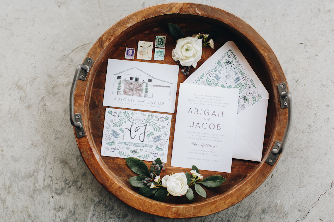 Vintage Fall Farmhouse Wedding Inspiration | Patina & Petals | Sydney Marie Photography 42