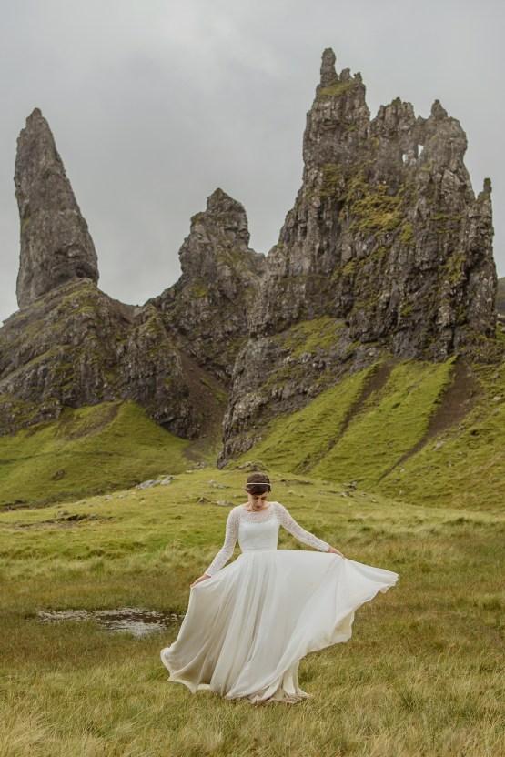 Wild & Adventurous Isle of Skye Elopement | Your Adventure Wedding 36