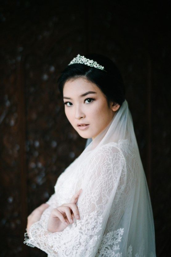 Zen Balinese Wedding Inspiration With A Dazzling Tiara | Nej Photo | Chere Weddings 11