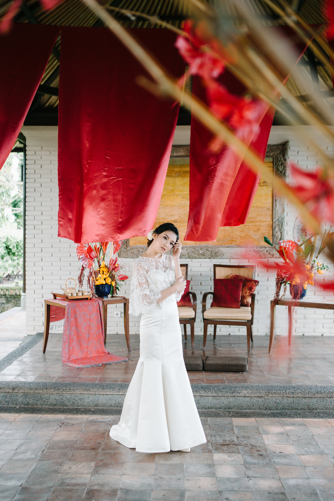 Zen Balinese Wedding Inspiration With A Dazzling Tiara | Nej Photo | Chere Weddings 54