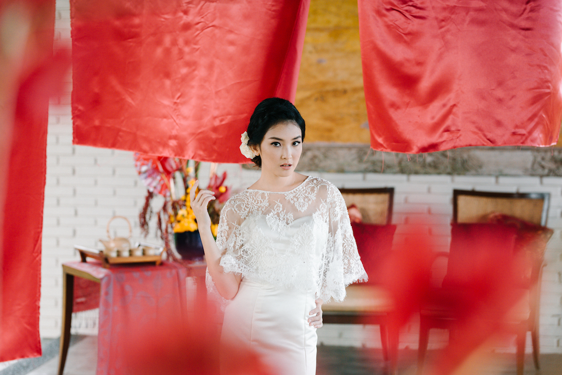 Zen Balinese Wedding Inspiration With A Dazzling Tiara | Nej Photo | Chere Weddings 9