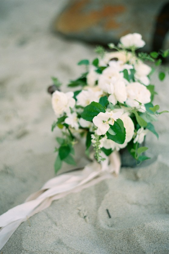 Blackberry and Pear Dreamy Beach Elopement Inspiration – Troy Meikle 15