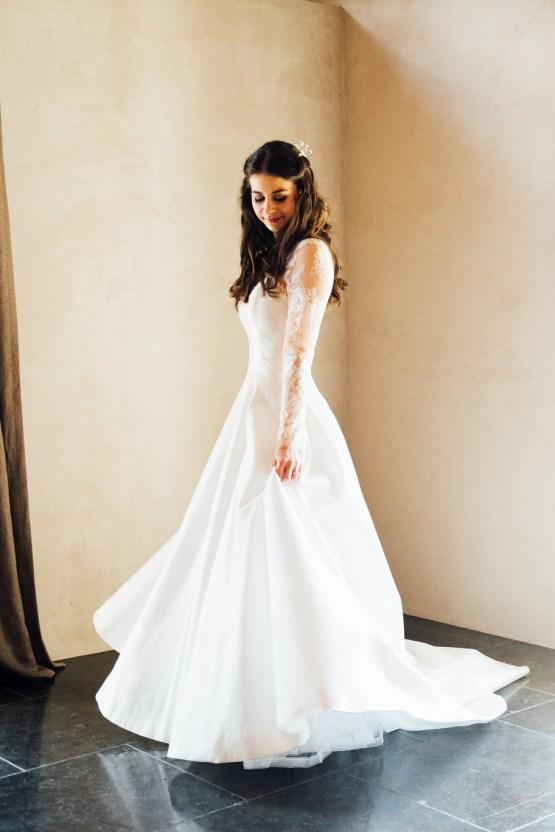 Charming Chamonix Winter Wedding With A Fur Coat – Katie Mitchell 7