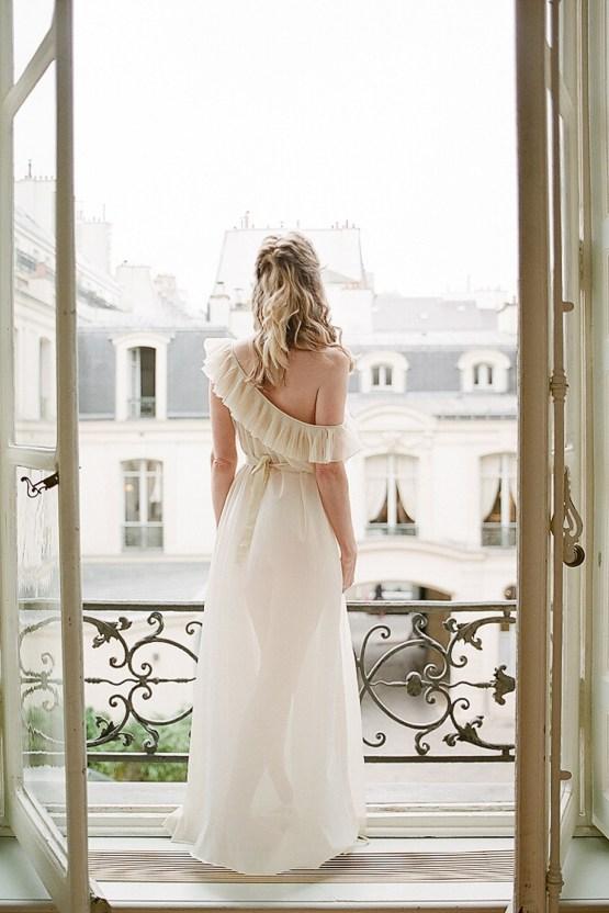 Elegant Blush Parisian Bridal Inspiration Featuring Luxurious Veils and Boudoir Ideas – Bonphotoge 18
