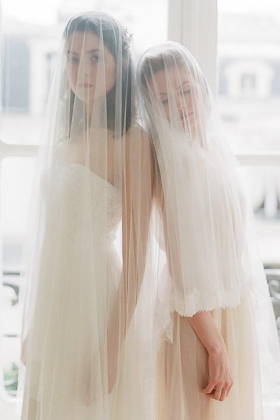 Elegant Blush Parisian Bridal Inspiration Featuring Luxurious Veils and Boudoir Ideas – Bonphotoge 25