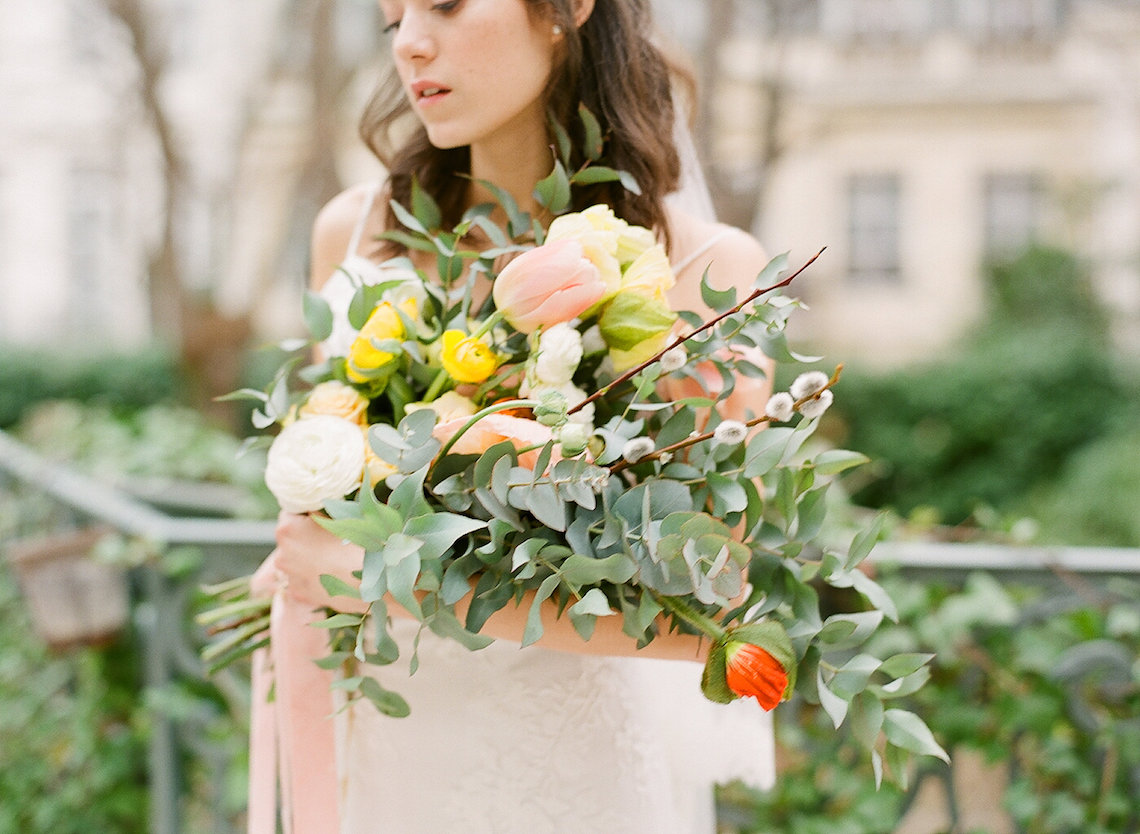 Elegant Blush Parisian Bridal Inspiration Featuring Luxurious Veils and Boudoir Ideas – Bonphotoge 60
