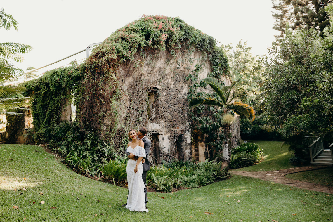 Glamorous and Tropical Hawaiian Wedding Inspiration – Melissa Ergo Photography 10