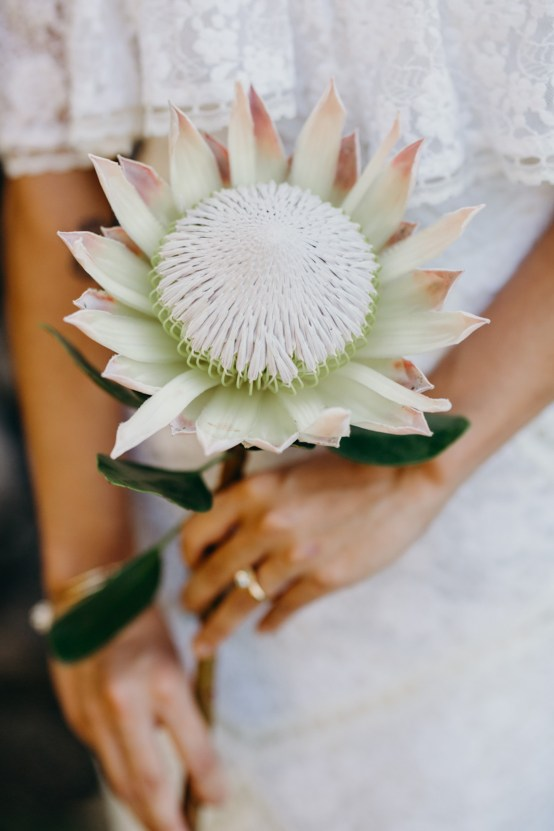 Glamorous and Tropical Hawaiian Wedding Inspiration – Melissa Ergo Photography 14