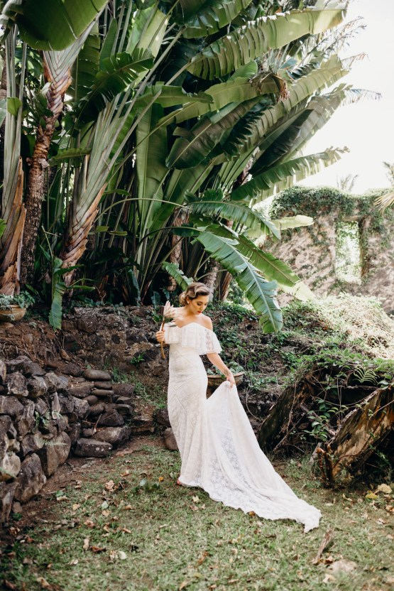 Glamorous and Tropical Hawaiian Wedding Inspiration – Melissa Ergo Photography 24