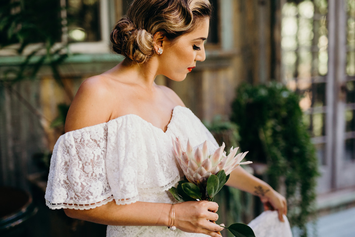 Glamorous and Tropical Hawaiian Wedding Inspiration – Melissa Ergo Photography 4