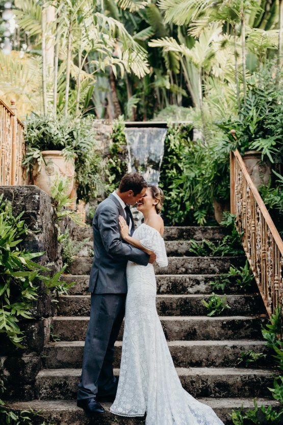 Glamorous and Tropical Hawaiian Wedding Inspiration – Melissa Ergo Photography 44