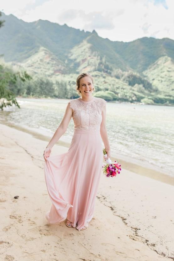 Intimate & Scenic Traditional Hawaiian Lei Exchange Elopement – Chelsea Stratso 27