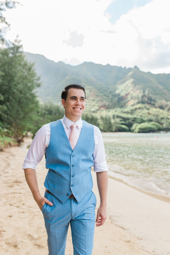 Intimate & Scenic Traditional Hawaiian Lei Exchange Elopement – Chelsea Stratso 28