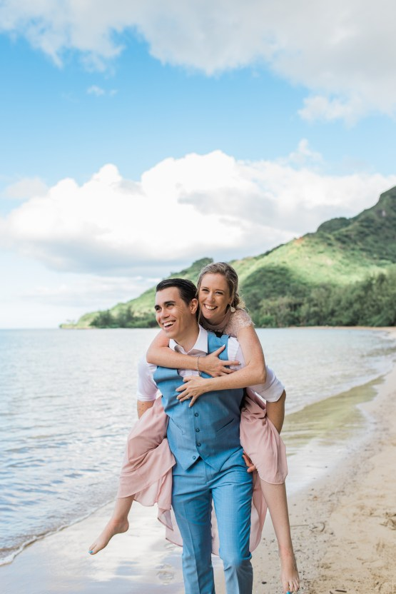 Intimate & Scenic Traditional Hawaiian Lei Exchange Elopement – Chelsea Stratso 30