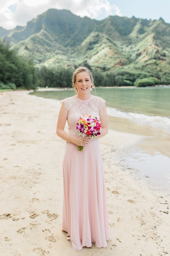 Intimate & Scenic Traditional Hawaiian Lei Exchange Elopement – Chelsea Stratso 7