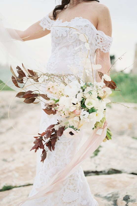 Organic and Foraged Romantic Puglia Wedding Inspiration – Lace and Luce 12