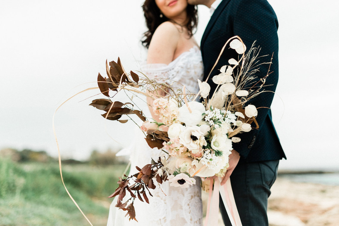 Organic and Foraged Romantic Puglia Wedding Inspiration – Lace and Luce 7