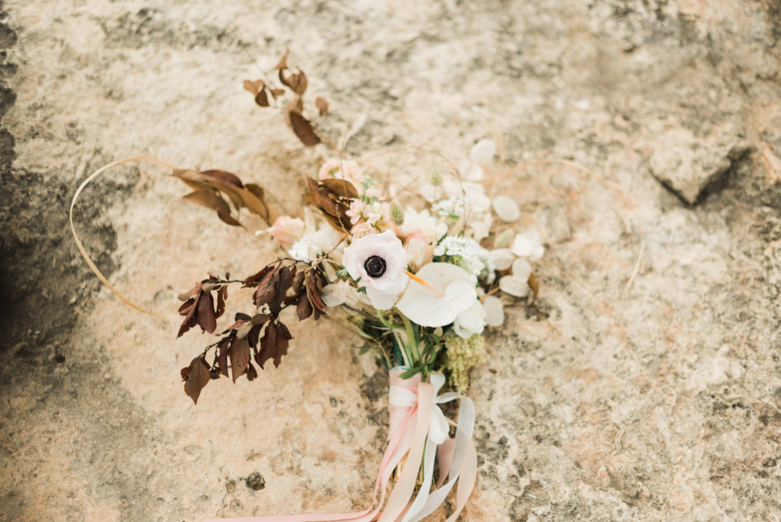 Organic and Foraged Romantic Puglia Wedding Inspiration – Lace and Luce 8