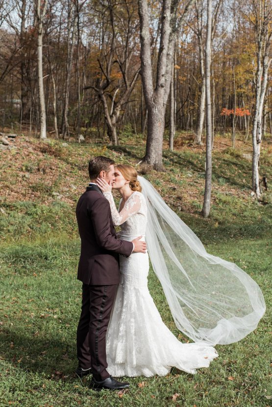 Warm Fall Catskills Wedding With Ceremony Sparklers – Christina Lilly Photography – Buds of Brooklyn 32