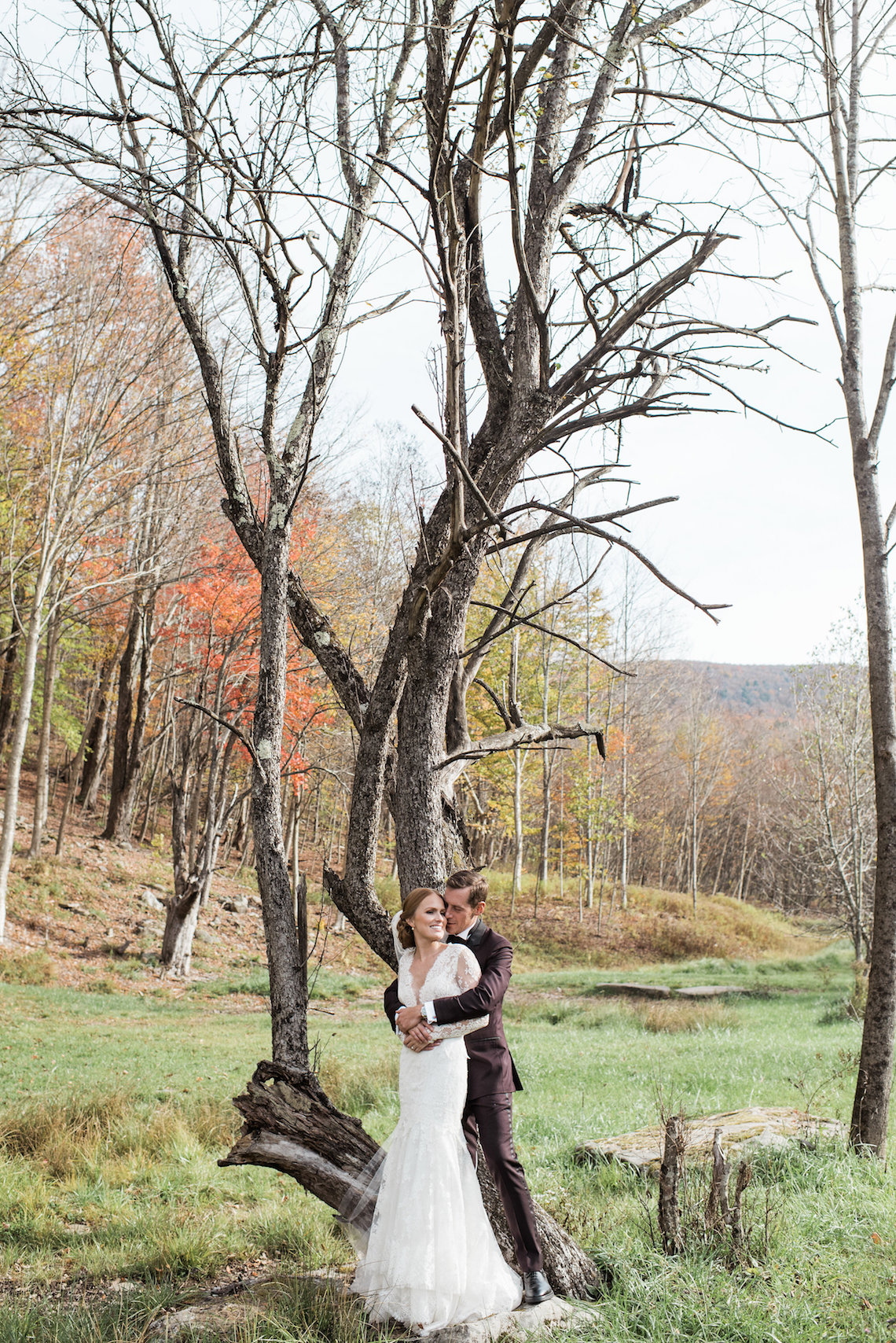 Warm Fall Catskills Wedding With Ceremony Sparklers – Christina Lilly Photography – Buds of Brooklyn 37