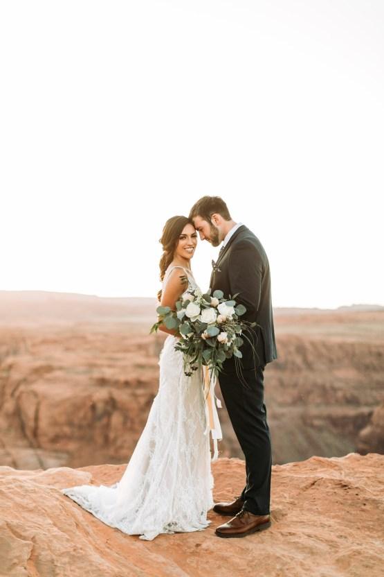 Wild and Bohemian Horseshoe Bend Wedidng Inspiration – Carmela Joy Photography – Luv Bridal 14