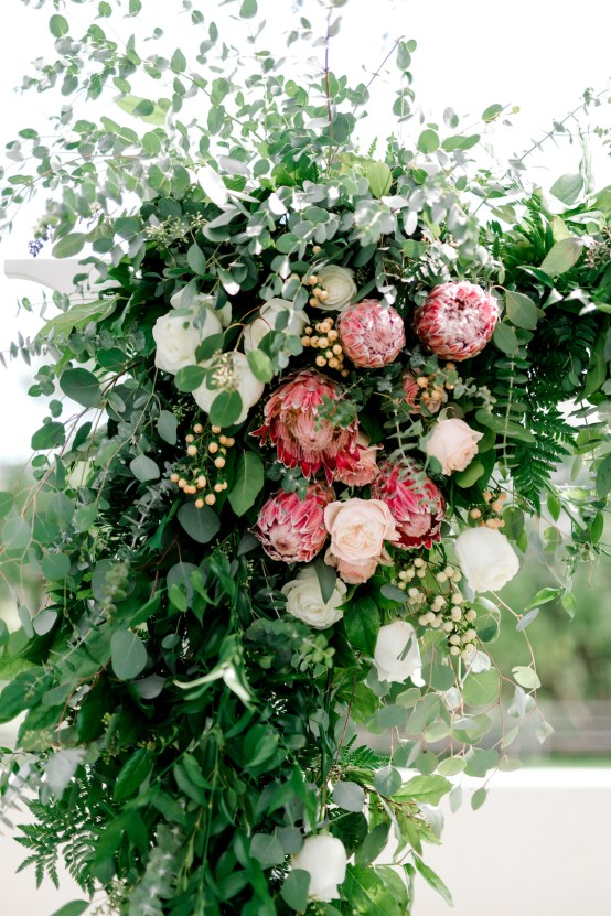 Glamorous Emerald Sapphire and Peach Countryside Wedding – Melanie Julian 13