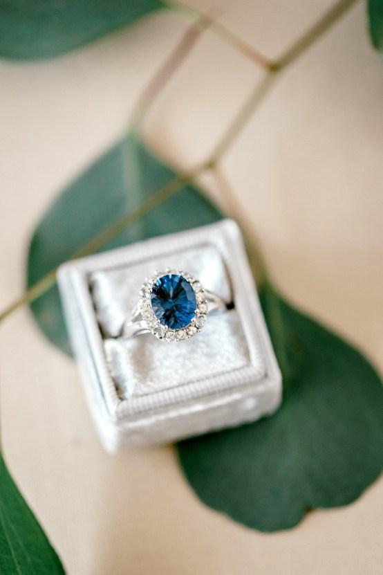 Glamorous Emerald Sapphire and Peach Countryside Wedding – Melanie Julian 22
