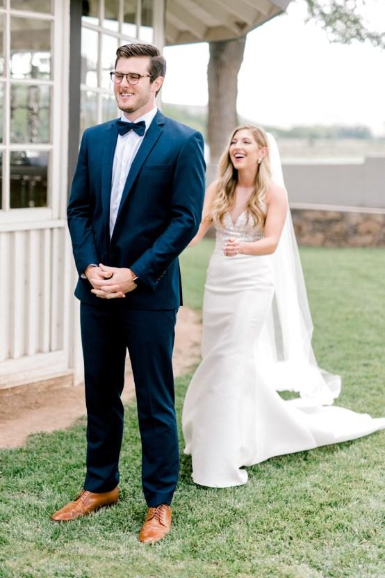 Glamorous Emerald Sapphire and Peach Countryside Wedding – Melanie Julian 25