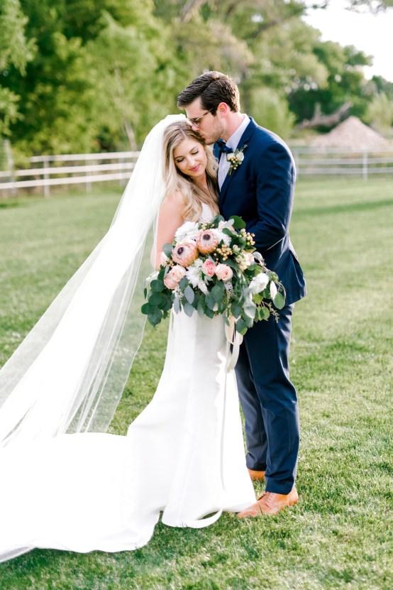 Glamorous Emerald Sapphire and Peach Countryside Wedding – Melanie Julian 30