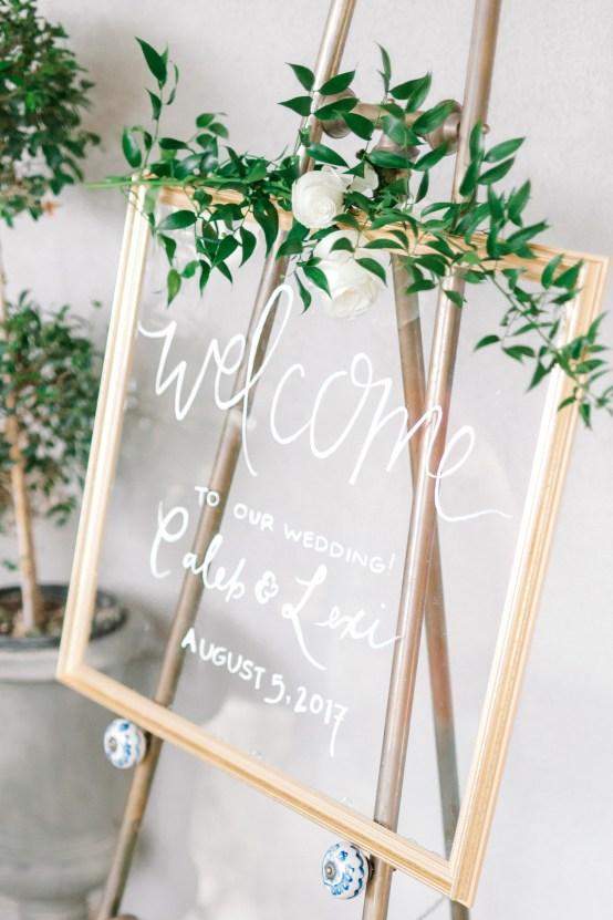 Glamorous Emerald Sapphire and Peach Countryside Wedding – Melanie Julian 41