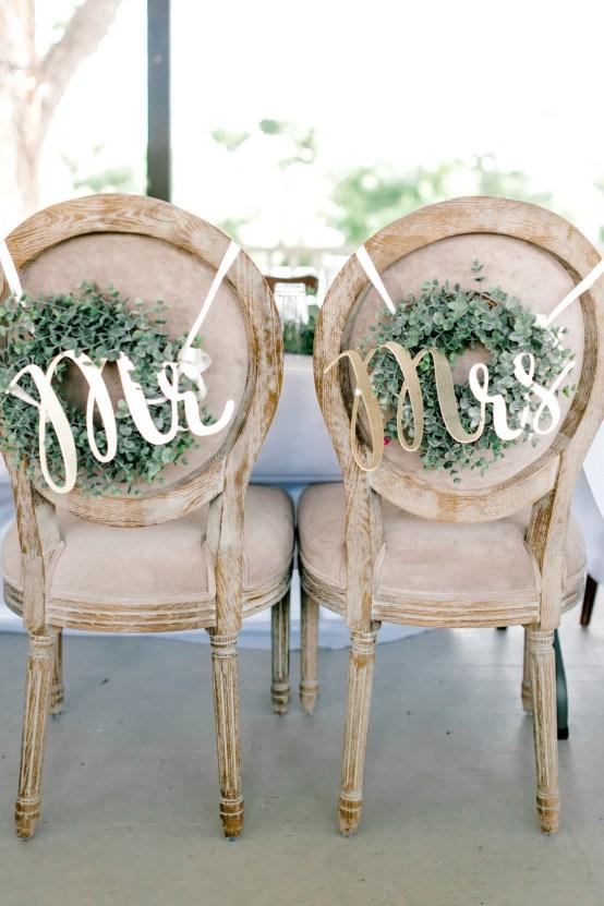 Glamorous Emerald Sapphire and Peach Countryside Wedding – Melanie Julian 50