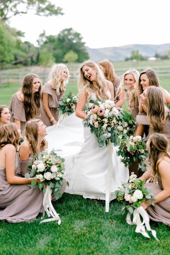 Glamorous Emerald Sapphire and Peach Countryside Wedding – Melanie Julian 56