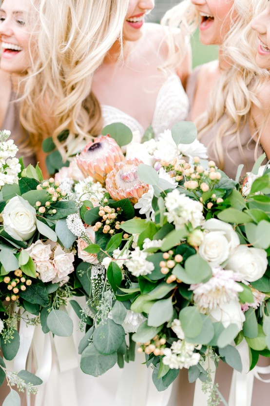 Glamorous Emerald Sapphire and Peach Countryside Wedding – Melanie Julian 57