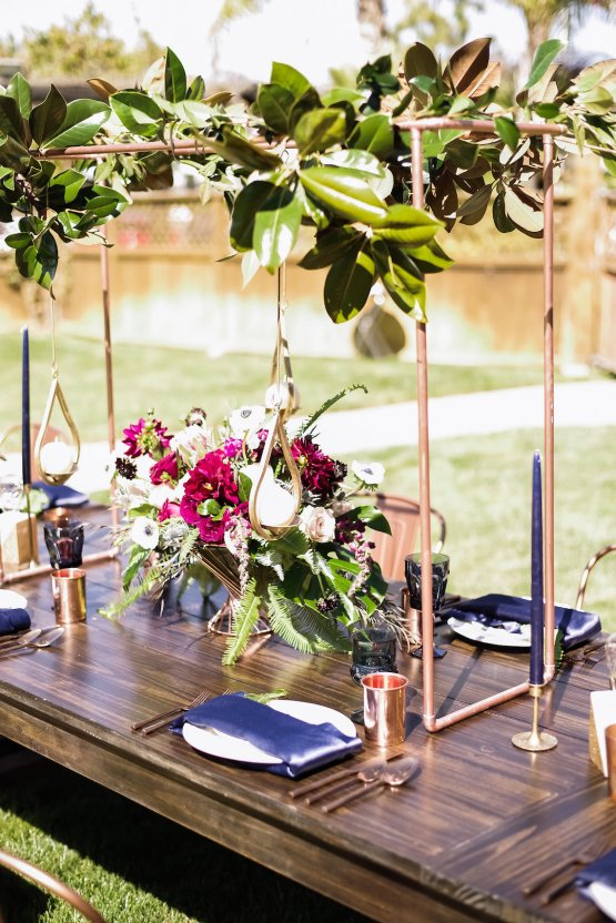 Metallic Copper Wedding Inspiration With A Creative Hexagon Altar – Allie Marion 34