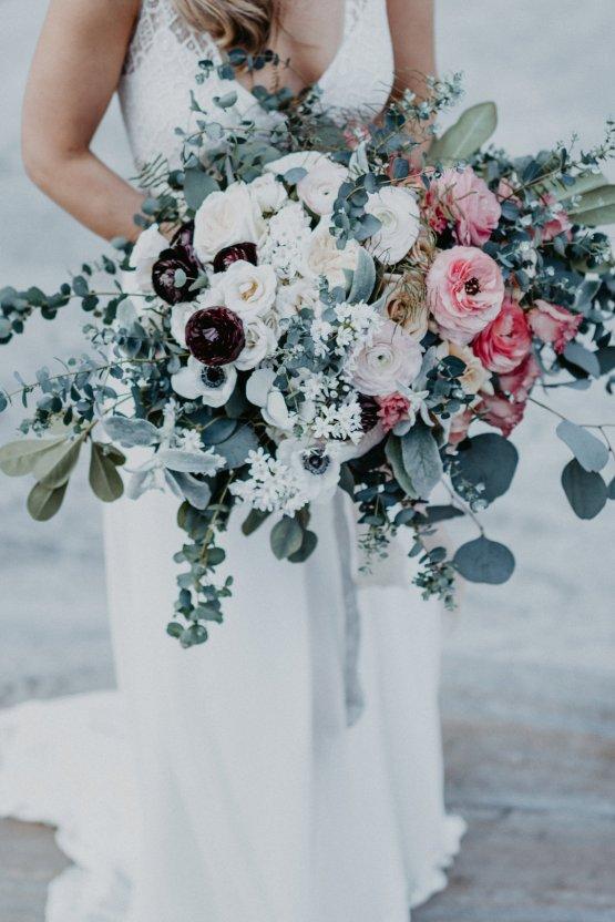 Misty Blue River Goddess Bridal Inspiration – Jaypeg Photography 13