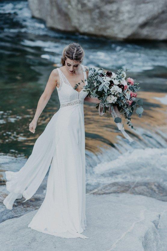 Misty Blue River Goddess Bridal Inspiration – Jaypeg Photography 16